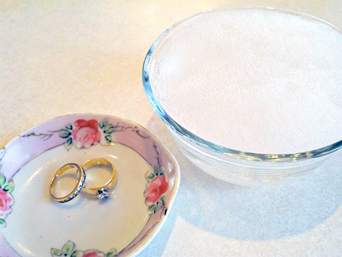 Jewelry Cleaning Tips - How to clean your gold jewelry