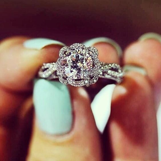 Engagement Ring Facts - Diamond Ring