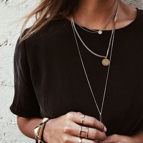 Layer Jewelry to Break Up A Solid Colour