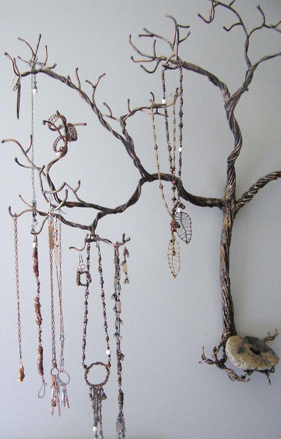 Ways to Store Jewelry - Jewelry Tree