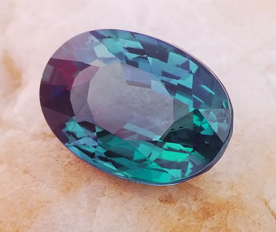 What Color Is Natural Alexandrite