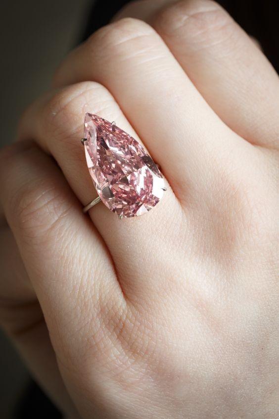 Record Breaking Jewelry - Pink Diamond