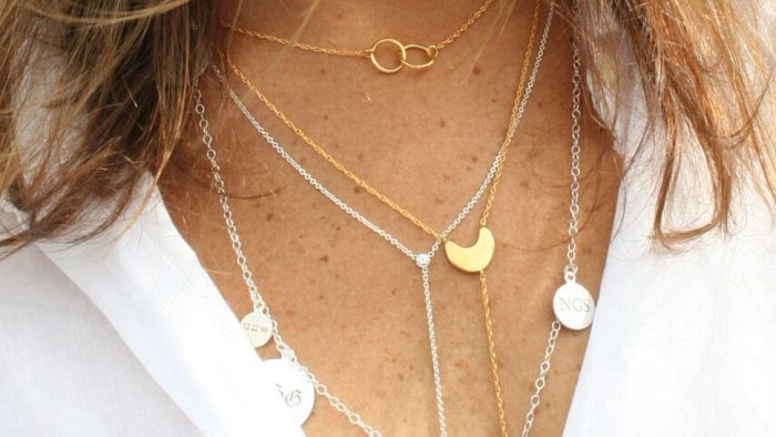 mixing gold and silver necklaces