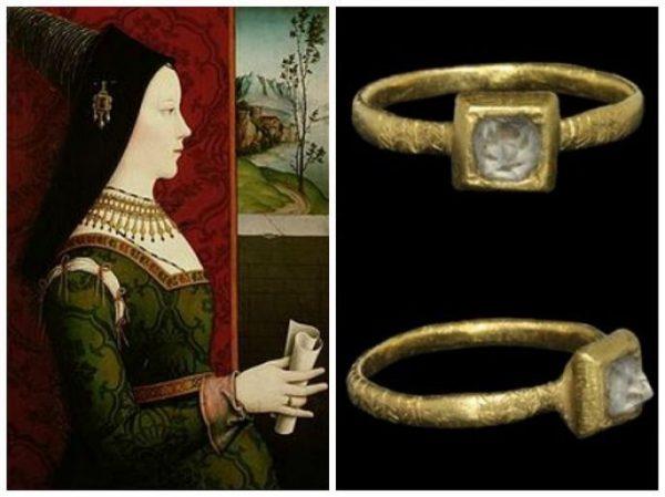 average engagement ring size
