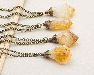 antique bronce necklace