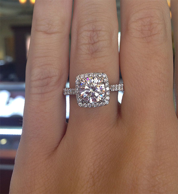suqare engagement ring