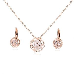 """Flowers Roses Crystals from Swarovski Set Pendant Necklace 18"""" Lever Back Earrings 18 ct Rose Gold Plated for Women"""
