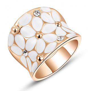 Womens Elegant White Enamel Flower Rose Gold Band Bloom Petal Wedding Engagement Ring Crystal Inlay