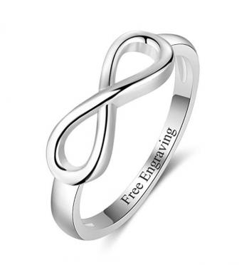 Lam Hub Fong Infinity Knot Engraved Ring