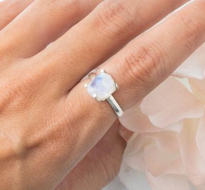 Raw Crystal Ring - Moonstone