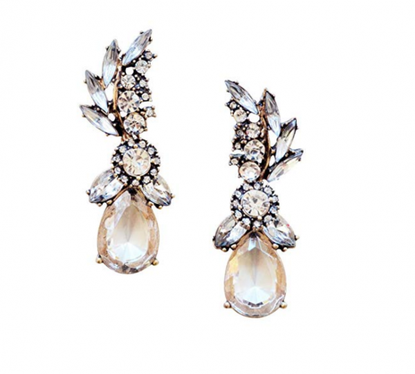 Happiness Boutique Gold Chandelier Earrings