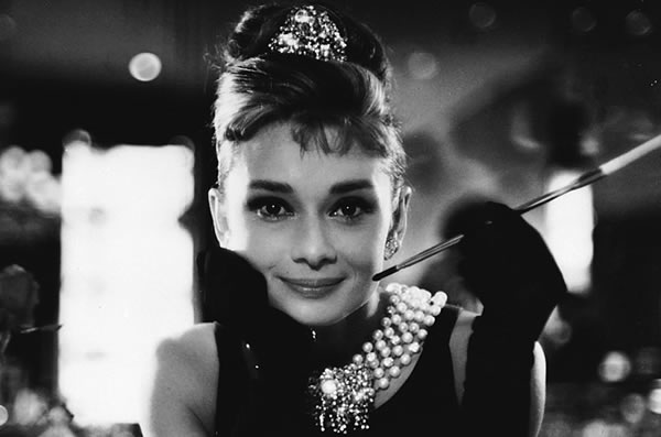 how much are pearls worth - Audrey Hepburn