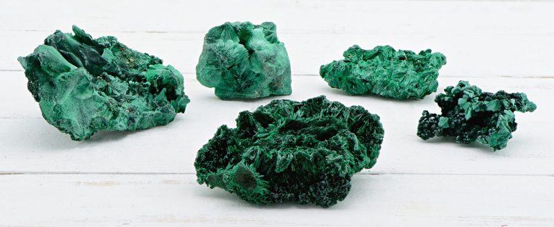 Malachite stone color