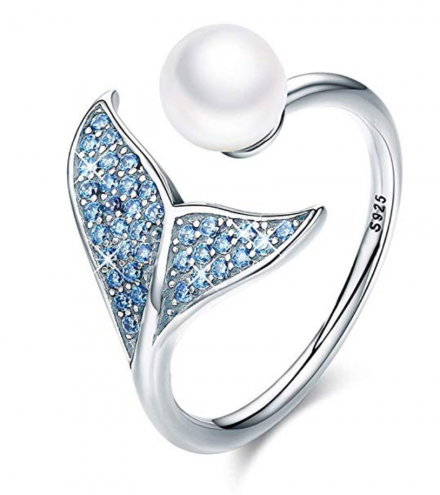 7. FOREVER QUEEN Mermaid Tail Ring