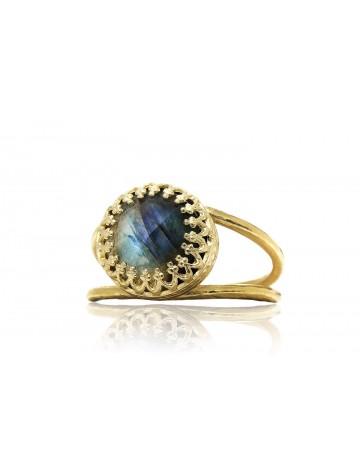 Stunning Labradorite Ring by Anemone Jewelry