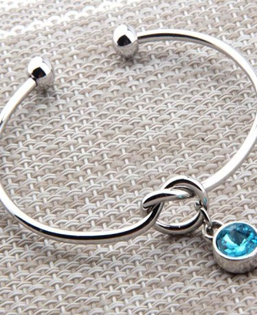 The 10 Best Birthstone Bracelets to Match that Birthstone Ring You Love!