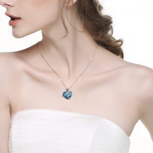 AOBOCO Necklace Model