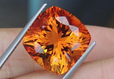 Orange Gemstones: Complete Guide
