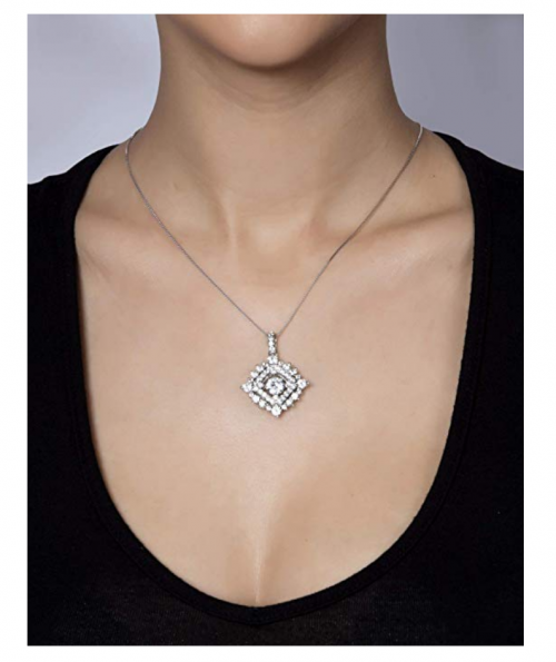 Serafina winter necklace