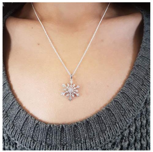 diamond snoflake pendant