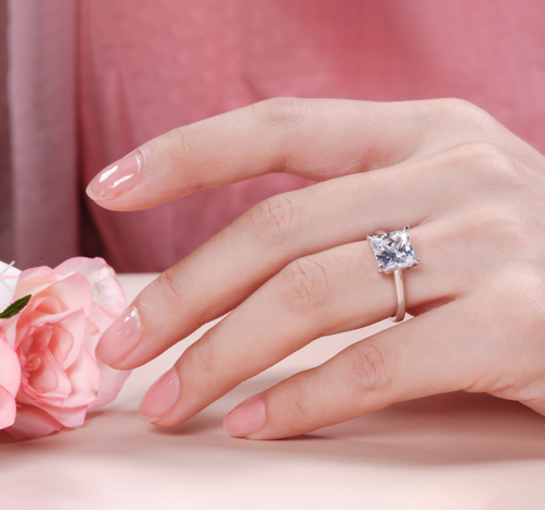 Jeulia Solitaire Moissanite Engagement Ring Profile on Model