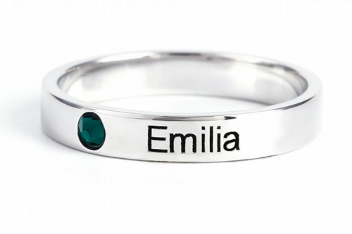 Jeulia Stackable Name Ring