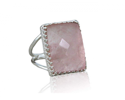 Anemone Elegant Rose Quartz Ring Side View