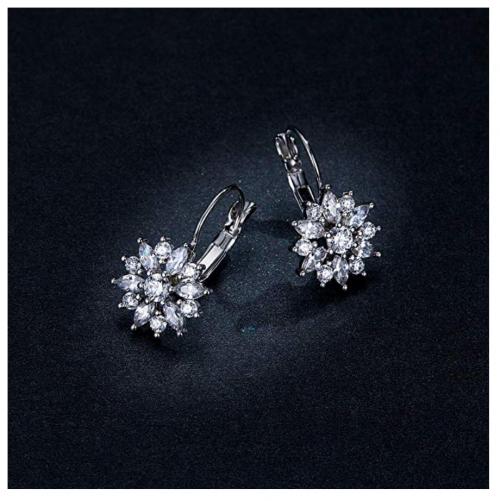 BAMOER Cubic Zirconia Snowflake Earrings on Display