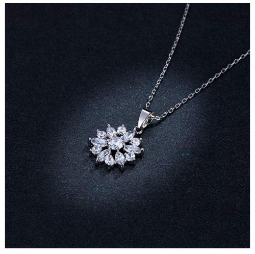 BAMOER Cubic Zirconia Snowflake Necklace on Display