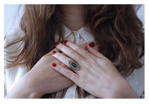 Mytys Retro Vintage Statement Ring on Hand