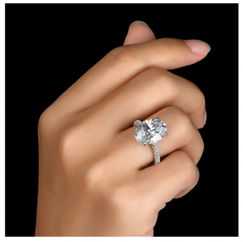 AINUOSHI 925 Sterling Silver CZ Ring on hand