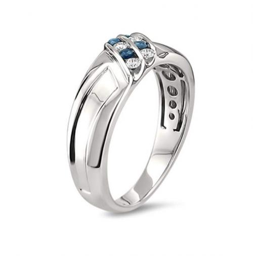 La4ve Diamonds Diamond & Blue Sapphire Ring Profile