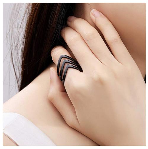 QingFox Bohemian Knuckle RIng on Model