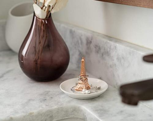 AsherKeep Eiffel Tower Ring Holder Dish on Display
