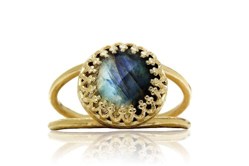 Stunning Labradorite Ring by Anemone Jewelry Collection