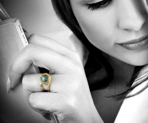 Stunning Labradorite Ring by Anemone Jewelry Model