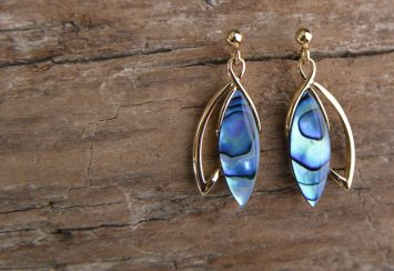 Beautiful Shell Jewelry We Fell in Love With This Summer!