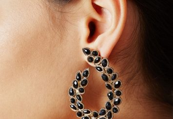 10 Black Earrings that Go with Any Outfit!