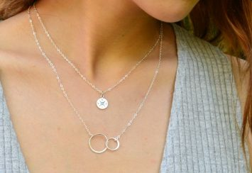 10 Dainty Necklaces Hand-Picked by Our Editor in Chief