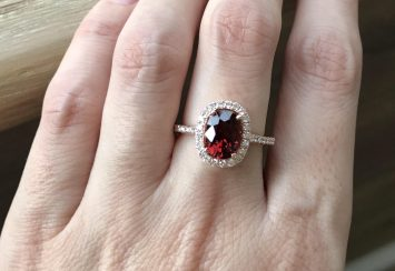 Garnet Engagement Rings – Perfect for Girls Born in January!