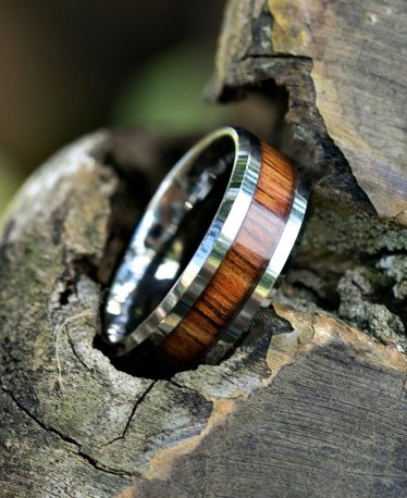 Looking For a Father's Day Gift? Check Our Men's Wooden Rings Selection!