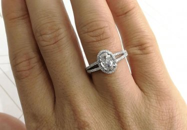 10 Split Shank Engagement Rings to Die For!