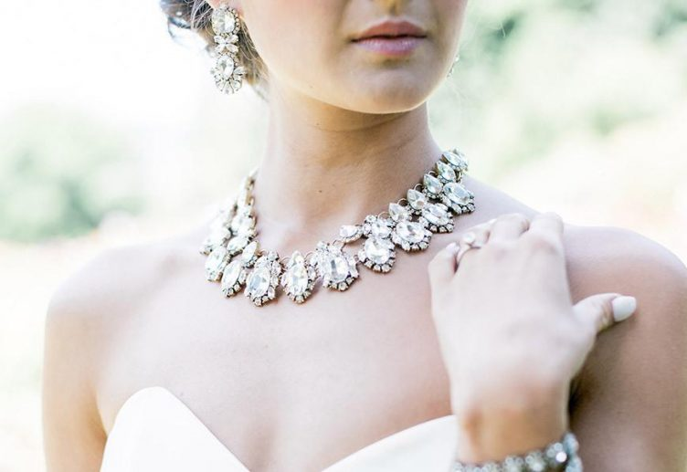 Choosing the right wedding jewelry for brides jewelryjealousy choosing wedding jewelry for brides junglespirit Image collections