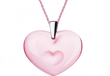 10 Pink Heart Jewelry Pieces We Are Wearing This Season