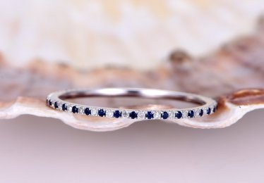 Our Favorite Sapphire Wedding Bands for 2021