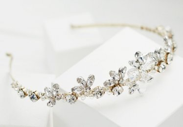 The 10 Wedding Tiaras & Crowns Perfect for Any Bridal Style